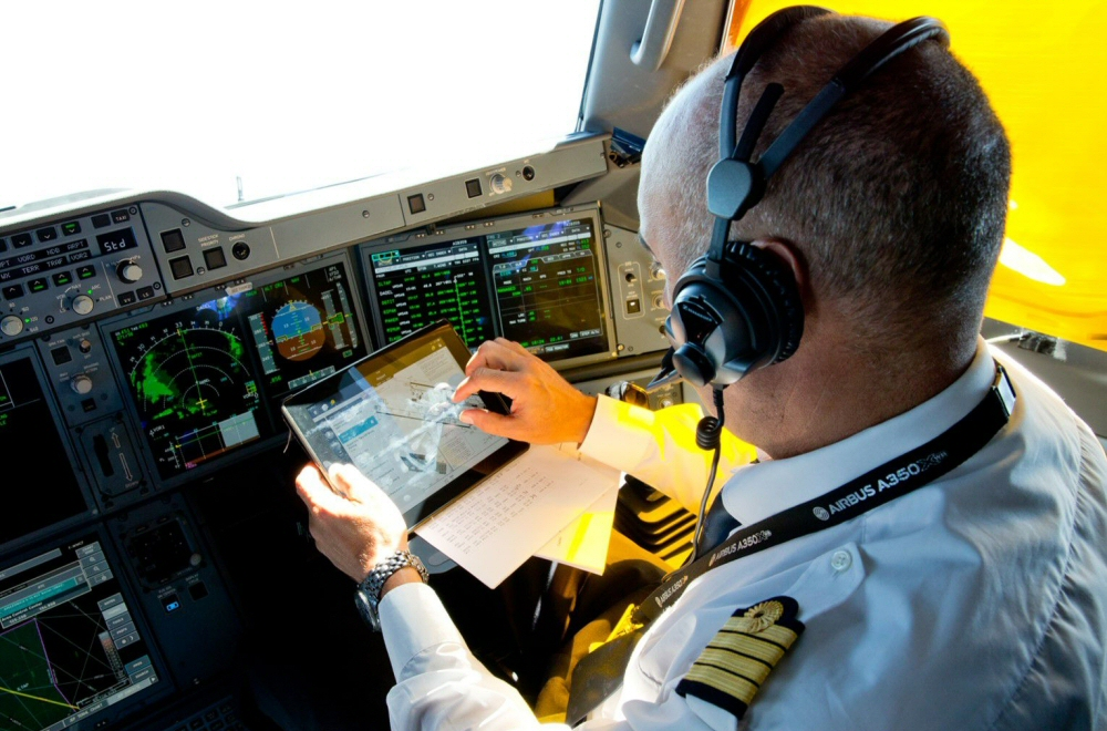 Airbus First Officer